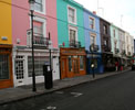 http://photosdelondres.com/maisons-colorees-notting-hill