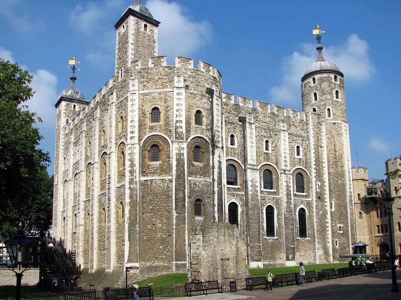 Visiter tower of london horaires tarifs prix acc s - La meadowview house par platformarchitects en angleterre ...